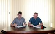 w czasie podpisania umowy